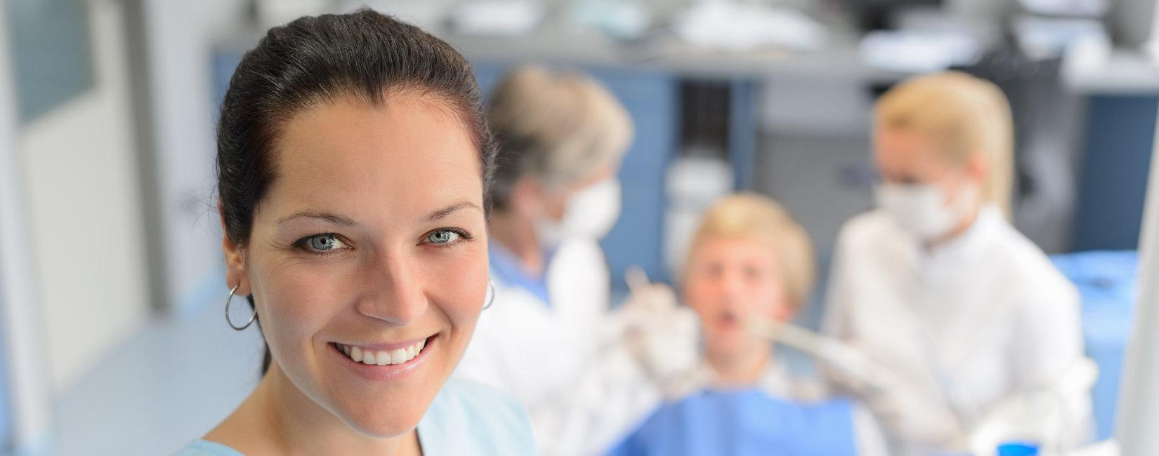 Basic life support training ideal for dentists, dental nurses & hygienists